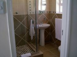 En-suite bathrooms  - Oban and Venice.