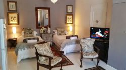 Comfortable twin beds apartment with sererate private entrance