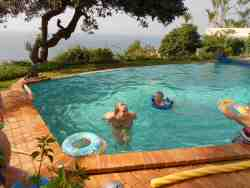FUN AND RELAXATION IN THE LARGE DEEP POOL