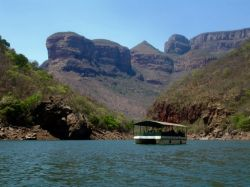 Boat trip on Blyde Dam to view Blyde River Canyon