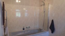 LE PRINTEMPS BATHROOM EN SUITE WITH BATH AND SHOWER