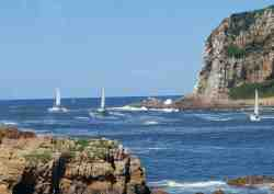 Boating through Knysna Heads