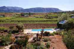 Calitzdorp Country House Pool and View
