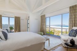 Master bedroom - view on the beach and private terrace