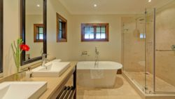 Presidential Suite en suite bathroom