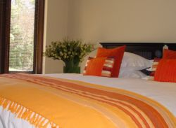 Fish Eagle Chalet's king bedroom