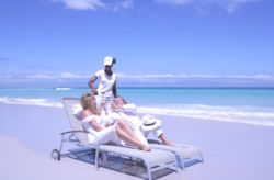 Relax on the endless Beach and enjoy the warm Indian Ocean.