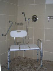 Roll in shower for disabled guests: Family Room No.2