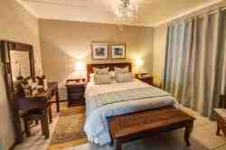 Luxury Double Room in Saddle Cottage