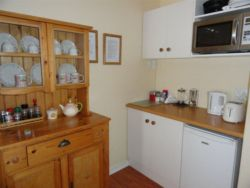 Rose Room with open plan kitchenette