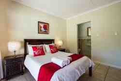 Luxury Rooms with double bed and en-suite bathroom