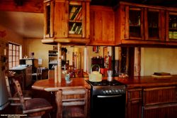 Shared Kitchen/ Diner area. Fully equipped.