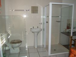 Open plan in en-suite