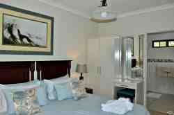 Blue Quail bedrooms en suite with shower