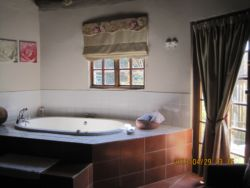 Rose Cottage with a Spa bath