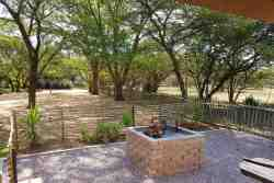 Kudu Cottage - Braai Area