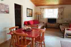 Kudu Cottage - Lounge