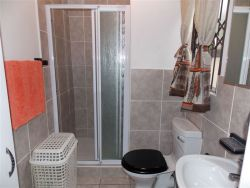 shower rooms for private units