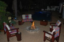 BOMA - Fire Pit & Swimming - Bar Area