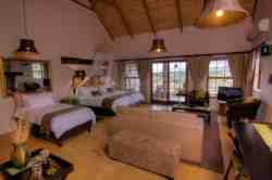 Striata No 4 at Karoo View Cottages