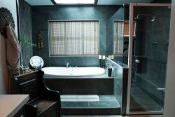 SUITE LA LUNA -EN SUITE BATHROOM