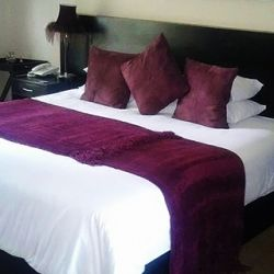 All beds have goose down bedding. Choose either king size bed or twin beds.