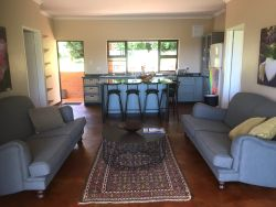 Two Bedroom Cottage - Sitting area, dinning and kitchen
