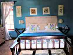 Kuilfontein Stable Cottages B&B - luxury room