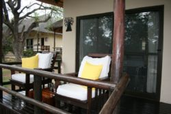 Veranda in front of the rooms