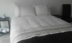 Double Bed - Self-catering Units - Self-Catering: *ROOM 4* with Shower