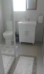 Self-Catering:SHOWER & TOILET: *ROOM 4*
