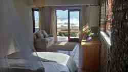 Selfcatering apartment with stunning views even from bed