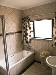 Main Bathroom Separate tolet