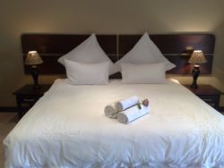All our rooms have the option og king sized beds or single beds.