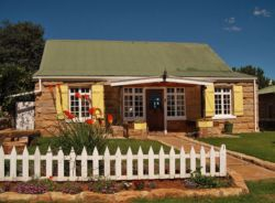 Lemon Tree Lodge looks forward to welcoming you.