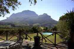 LE Pommier Wine Estate Views