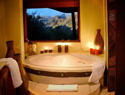 Mountain Lodge Bathroom