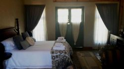 Deluxe Self Catering Family Suite