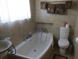 + en-suite bathroom