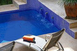 Nooks Pied-a-terre - Relax by our crystal clear Pool!