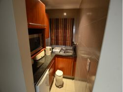 Room B - Kitchen