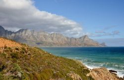 Drive along Clarence Drive to Pringle Bay via Rooi Else