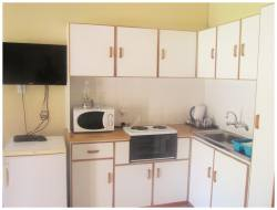 Unit fully equipped kitchen