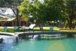 Otjiwa-Safari-Lodge-ResDest-Namibia-Otjiwarongo- Central region-Swimming pool