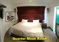 Quarter moon room