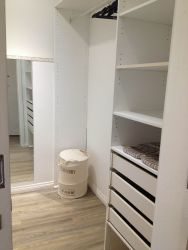 Queensrest 4, walk-in-closet