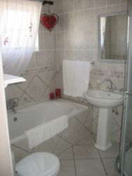 Room 5 bathroom (Bath and shower)