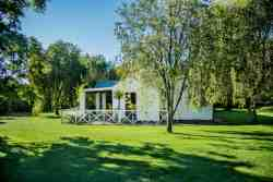 Self catering farm house cottage set in a private lush garden.