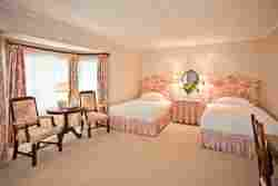 Twin Bedded Room 8