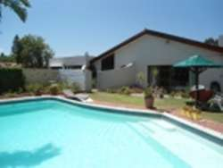 Holiday House Flamingo Vlei sleeps 7 with Pool and BBQ area, view from garden